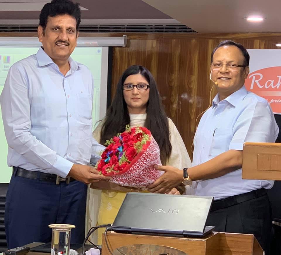 DIVYA YADAV, 125th RANK IN DELHI JUDICIAL EXAMS, 2019 (MAY), WITH RAHUL SIR.