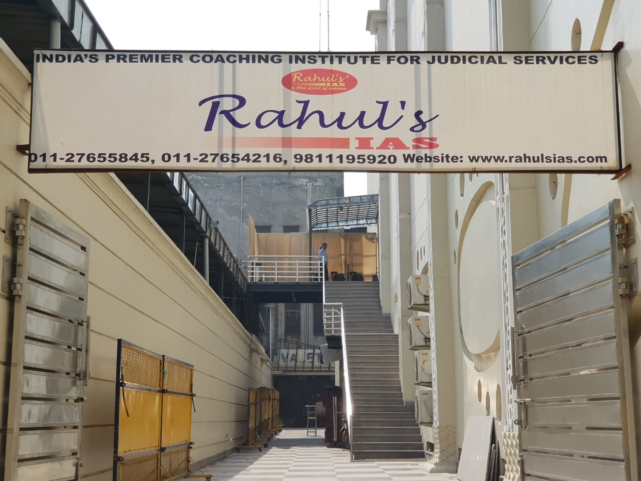 NEW BUILDING OF RAHUL'S IAS.