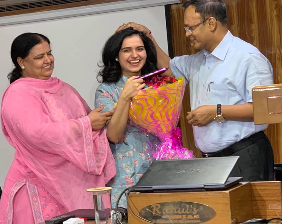 SHIKHA CHAHAL, 16th RANK IN DELHI JUDICIAL EXAMS, 2019 (MAY), WITH RAHUL SIR.