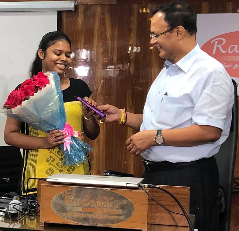 VIDISHA BHUSHAN, 493rd RANK IN UP JUDICIAL EXAMS, 2019 , WITH RAHUL SIR.